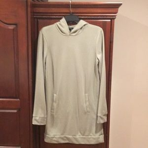 Forever 21 sweatshirt tunic size L
